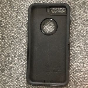 Black otterbox commuter case for iPhone 7/8 plus